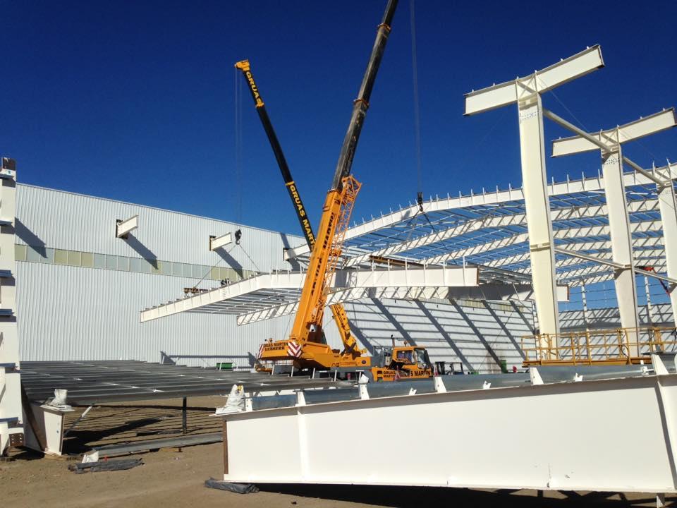 estructura metálica de nave de 6000 metros cuadrados